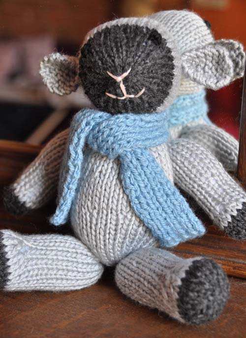 Fuzzy Little Lamb Free Knitting Pattern - Knitting is Awesome