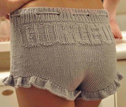 """Gorgeous Shorties"" Ruffle Shorts with Drawstring Knitting Pattern"