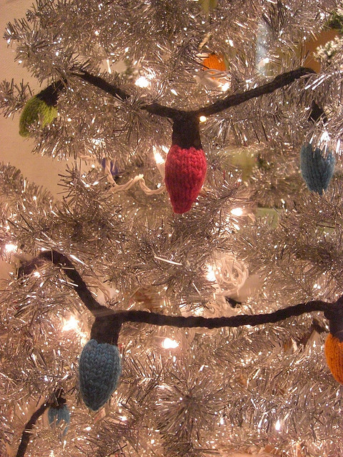 knitted christmas tree lights