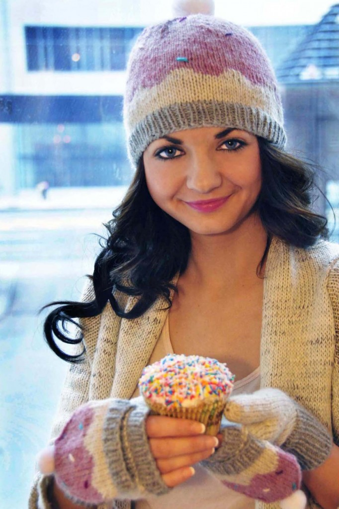 sweeter than a cupcake knitted hat and mittens cupcake knitting pattern 4