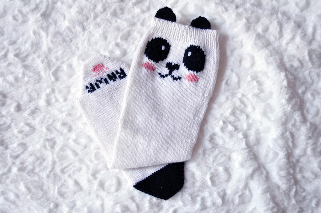 check meowt knitted panda knee high socks knitting pattern 1