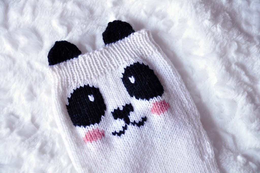 check meowt knitted panda knee high socks knitting pattern 2