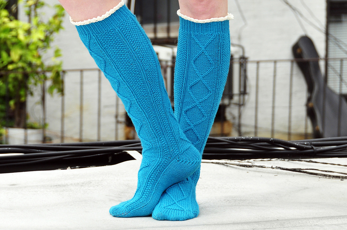 """Diamond in the Ruffle"" Cable Knit Socks Knitting Pattern"