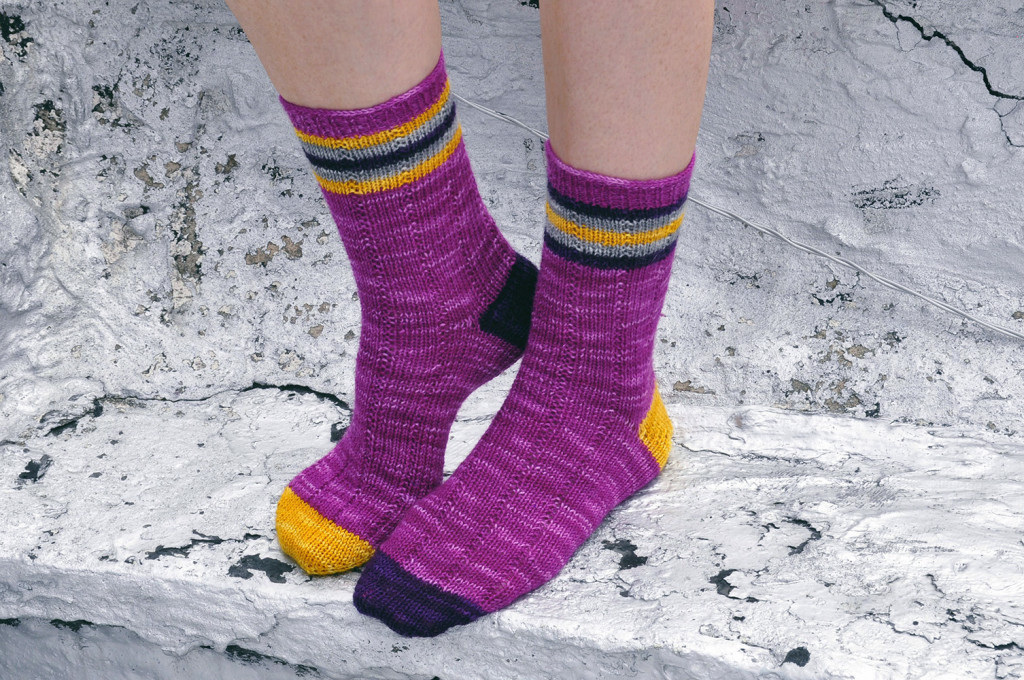 roller girl knitted striped ankle socks 1