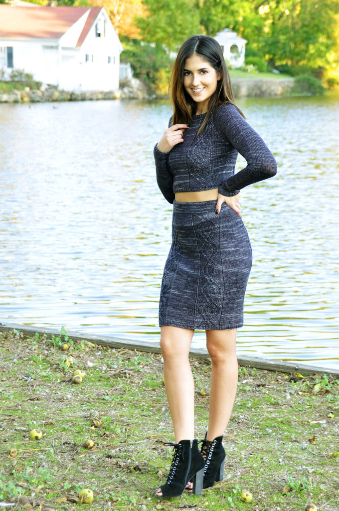 crop-it-like-its-hot-cable-knit-crop-top-and-pencil-skirt-knitting-pattern-1